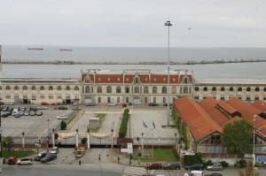 Θεσσαλονίκη: Χάνεται το στολίδι της Παραλίας ....